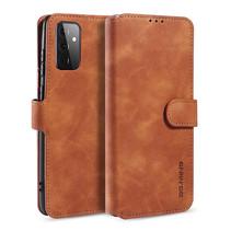 CaseMe - Samsung Galaxy A72 Hoesje - Met Magnetische Sluiting - Ming Serie - Leren Book Case - Licht Bruin