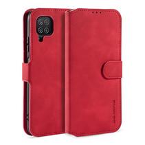 CaseMe - Samsung Galaxy A12 Hoesje - Met Magnetische Sluiting - Ming Serie - Leren Book Case - Rood
