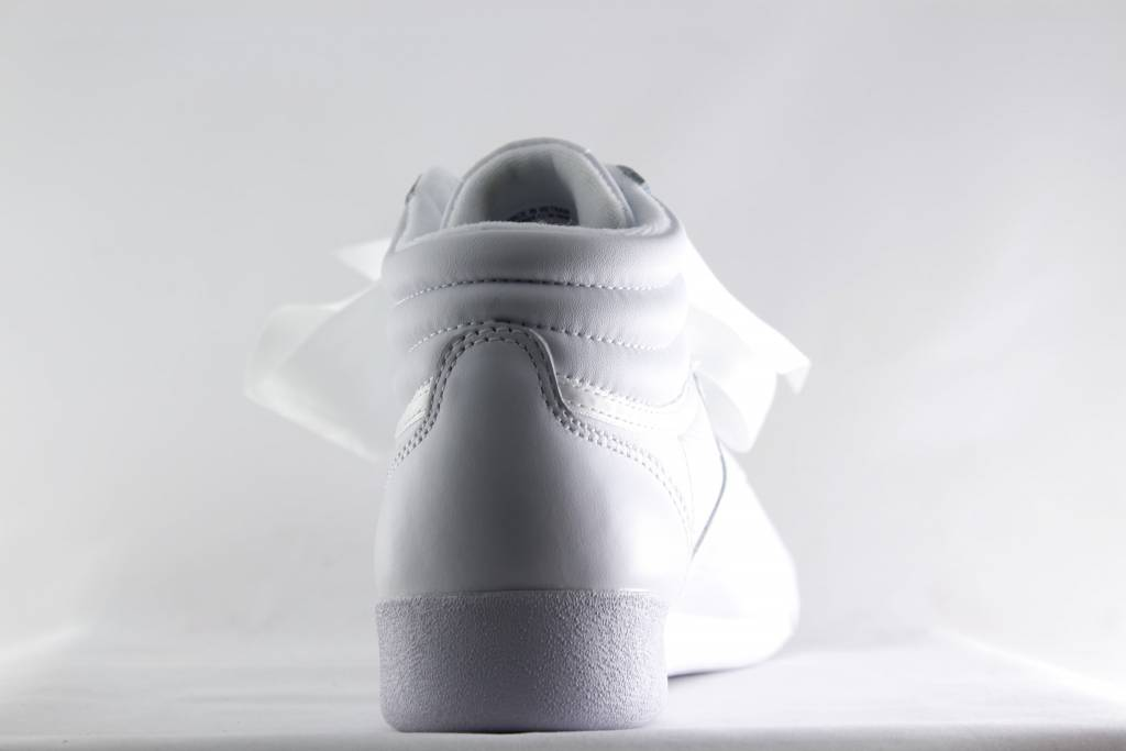Reebok FREESTYLE HI SATIN BOW White/ Skull Grey