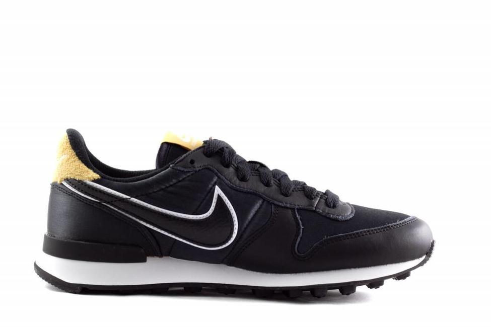 Nike W NIKE INTERNATIONALIST HEAT Black/Wheat-Gold