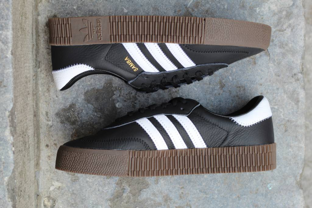 Adidas W ADIDAS SAMBAROSE Cblack/Ftwwht/Gum5