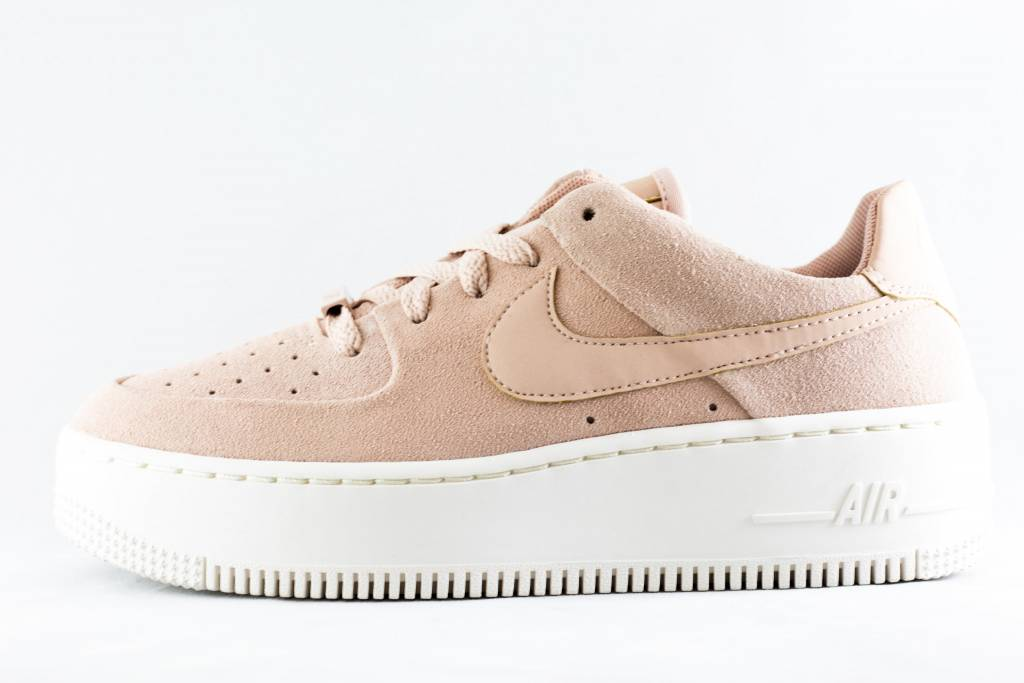 new arrival 45ec6 7f3e8 NIKE AIR FORCE 1 SAGE LOW Particle Beige