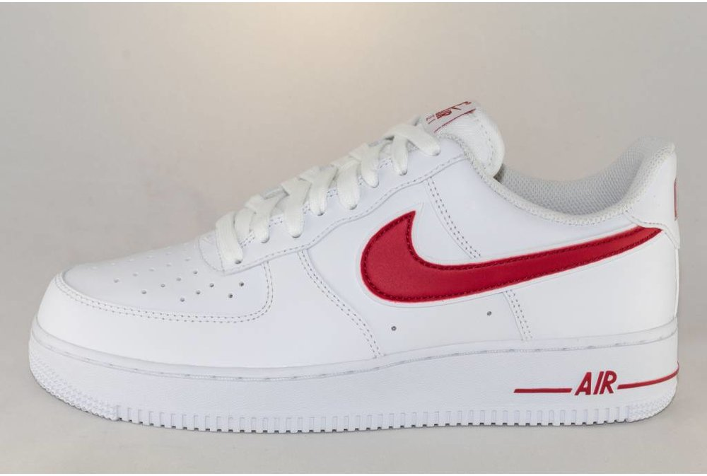 Nike M NIKE AIR FORCE 1 07 Gym/ Red