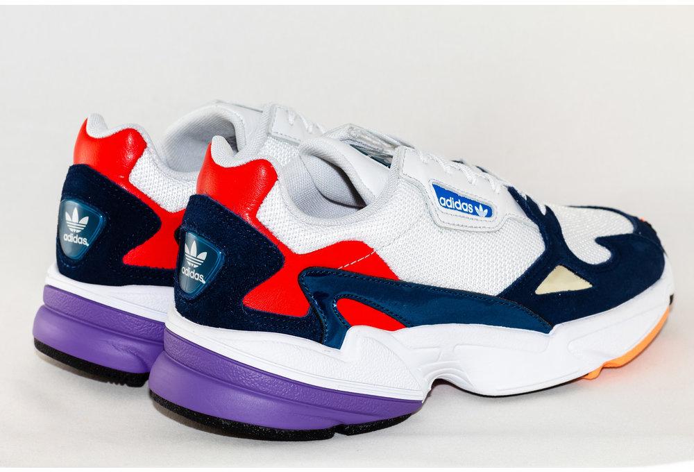Adidas W ADIDAS FALCON Crywht/ Crywht/ Conavy