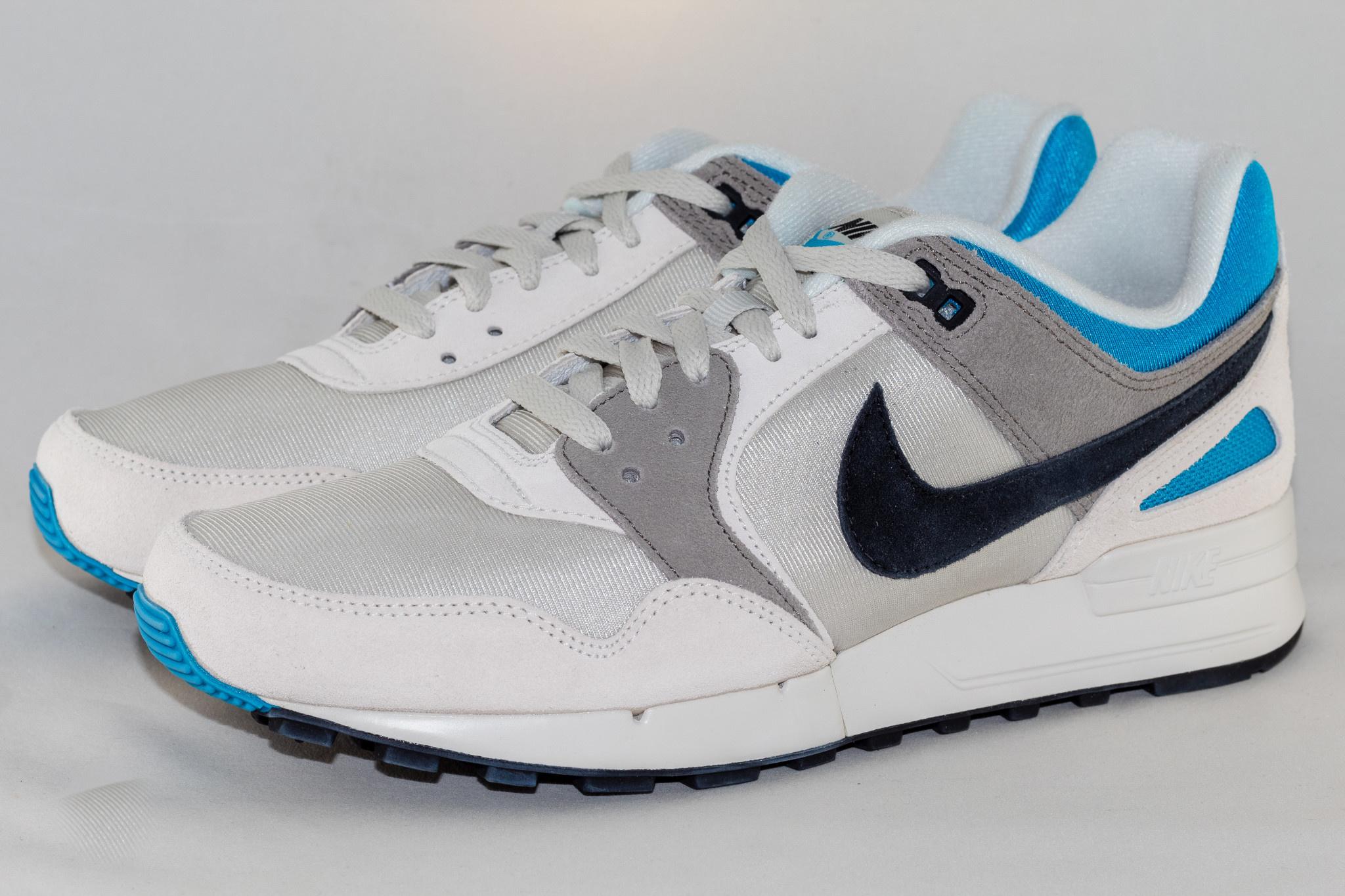 Nike M NIKE PEGASUS '89 SE Light Bone/ Black- Vivid Blue
