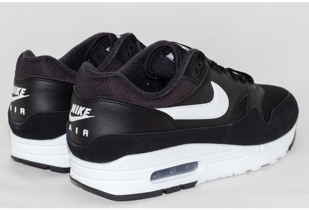 Nike AIR MAX 1 Black/ White