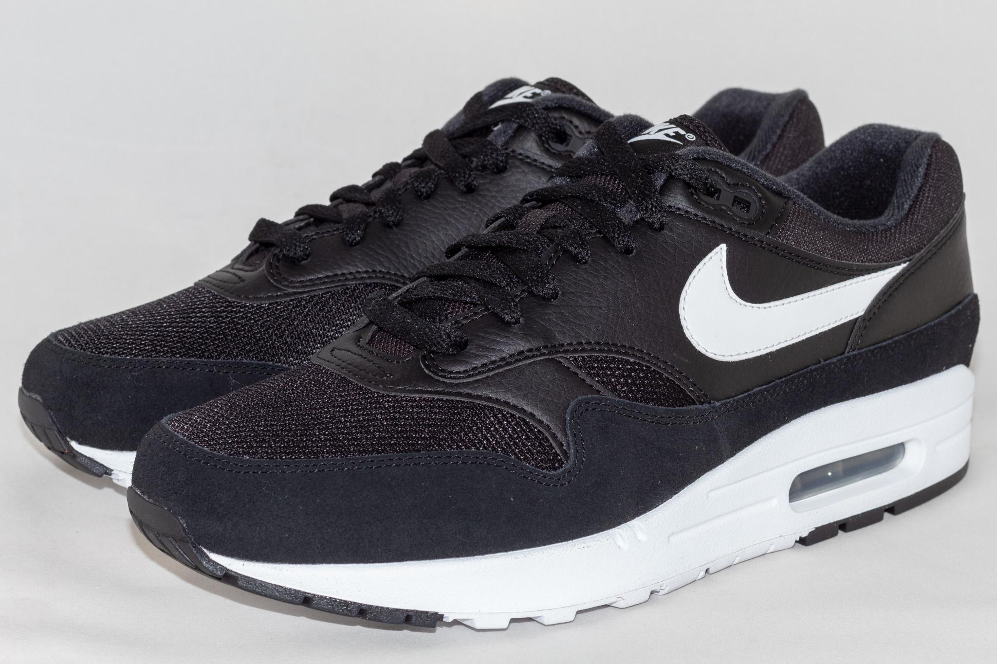 Nike NIKE AIR MAX 1 Black/ White