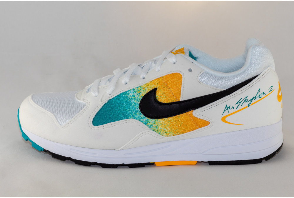 Nike NIKE AIR SKYLON II White/Black-University Gold