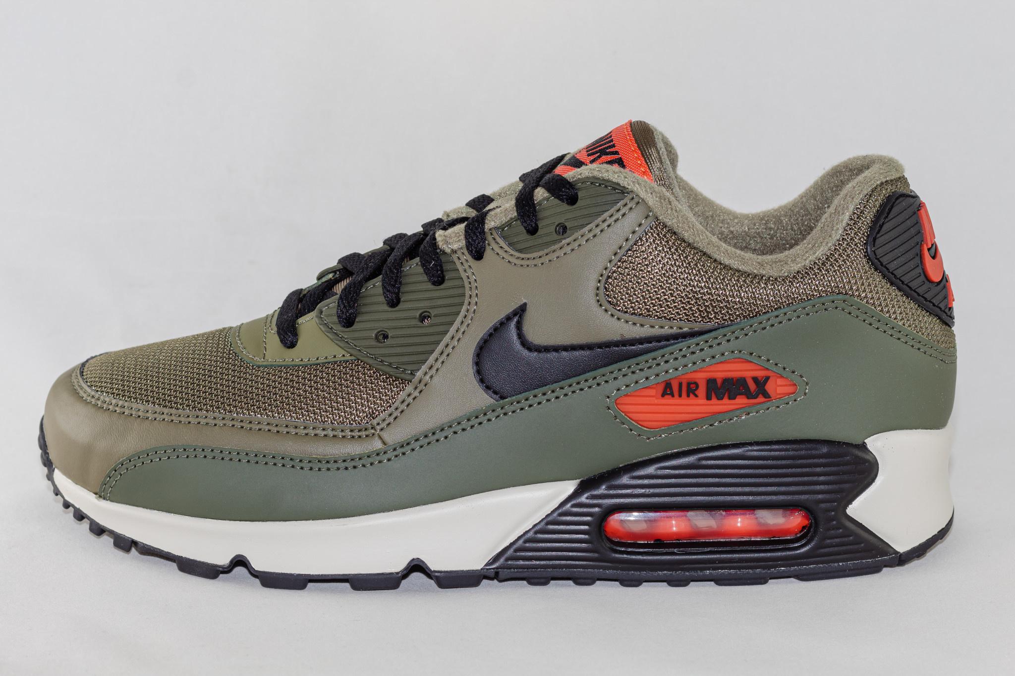 Nike Air Max 90 Essential Medium Olive