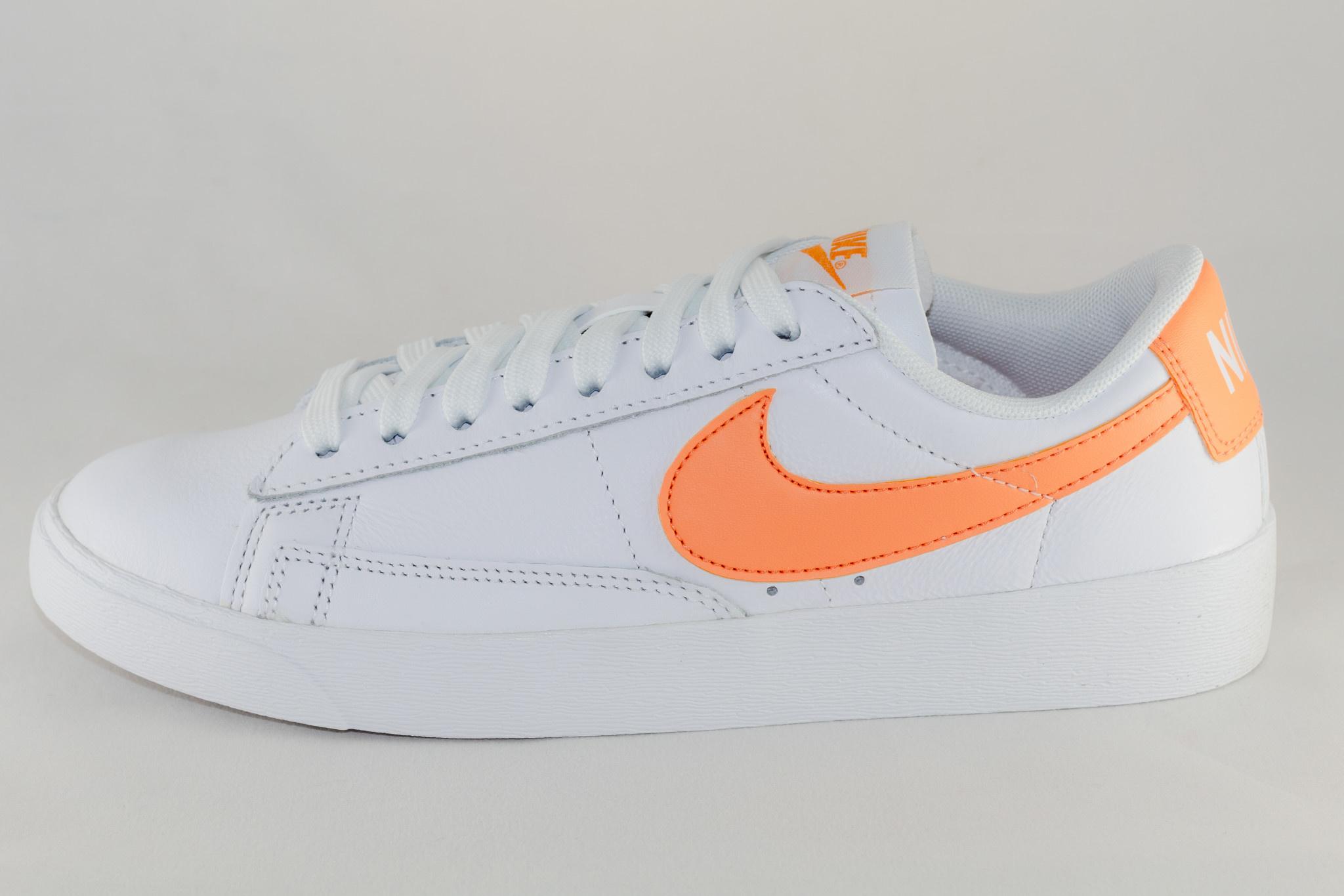 Nike BLAZER LOW White/ Fuel Orange- White