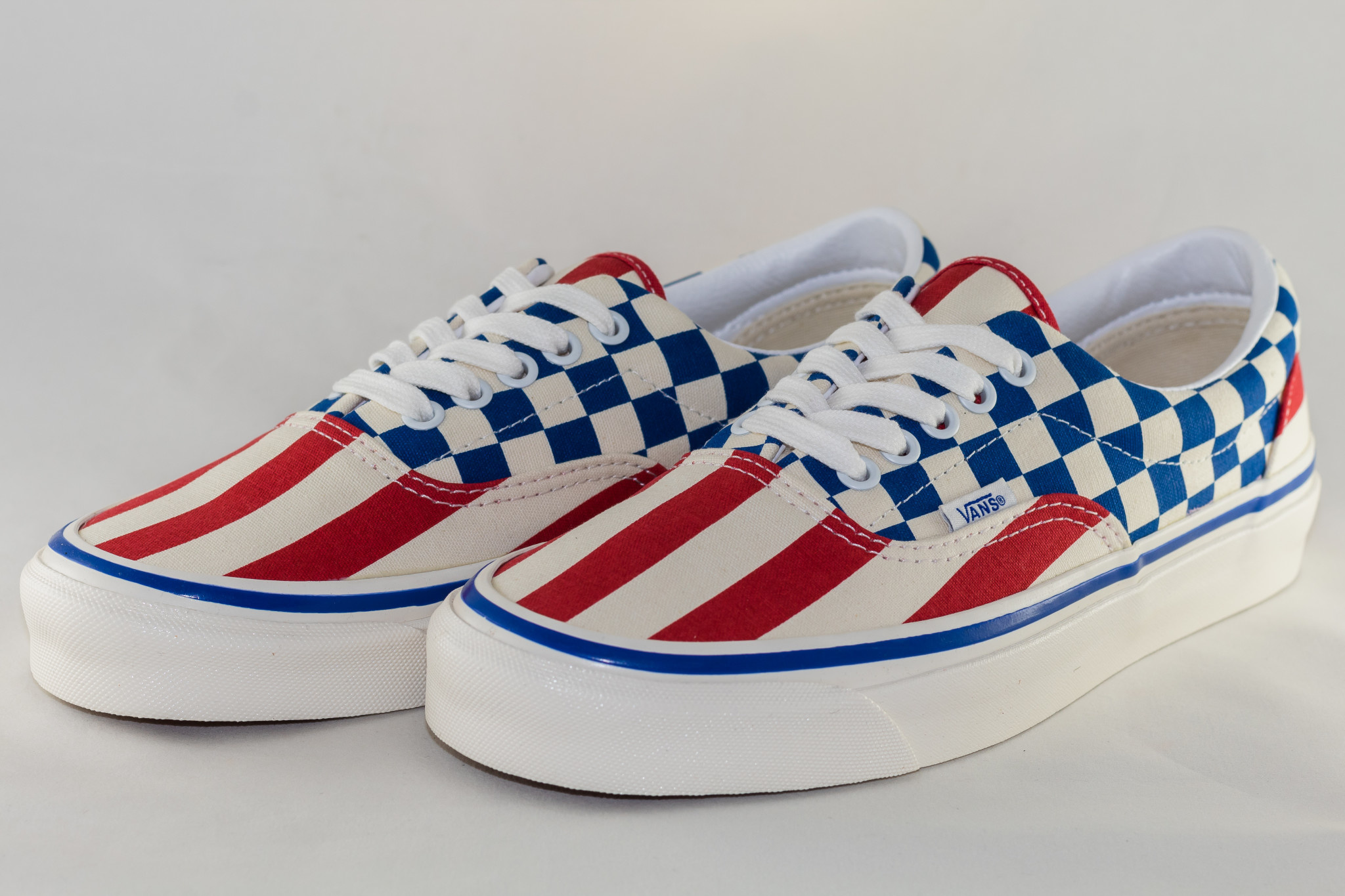 VANS ERA 95 DX (ANAHEIM FACTORY)  Acty Og Red Stipes/ Og Blue Check