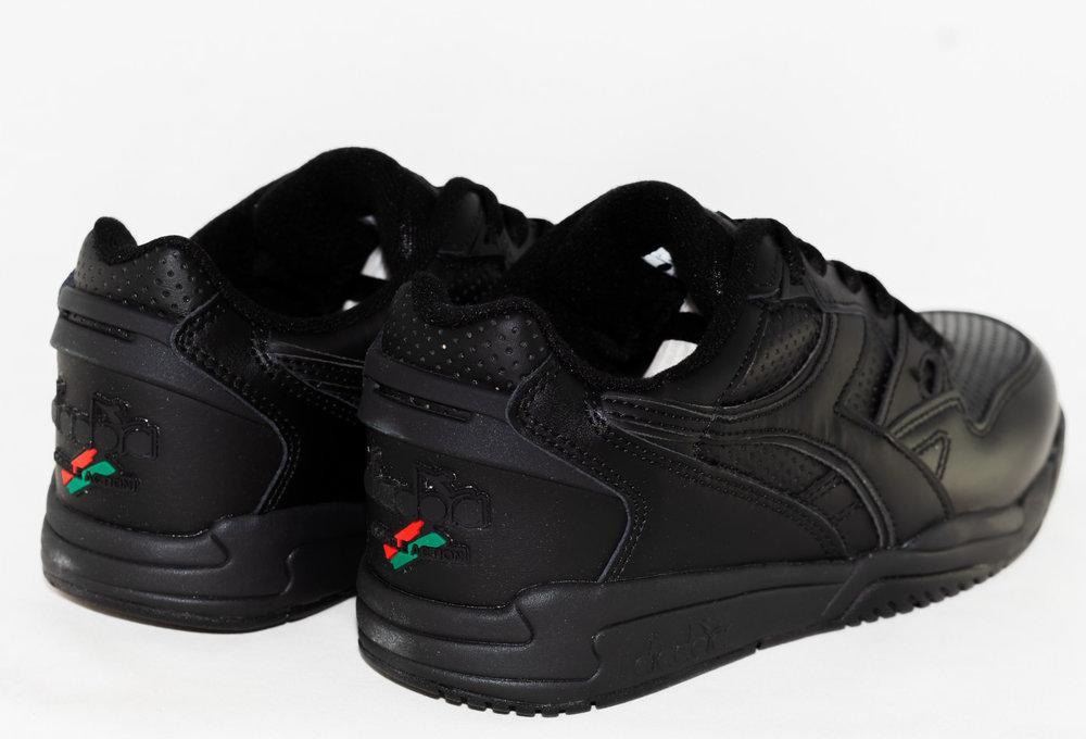 DIADORA REBOUND ACE Black/ Black/ Black