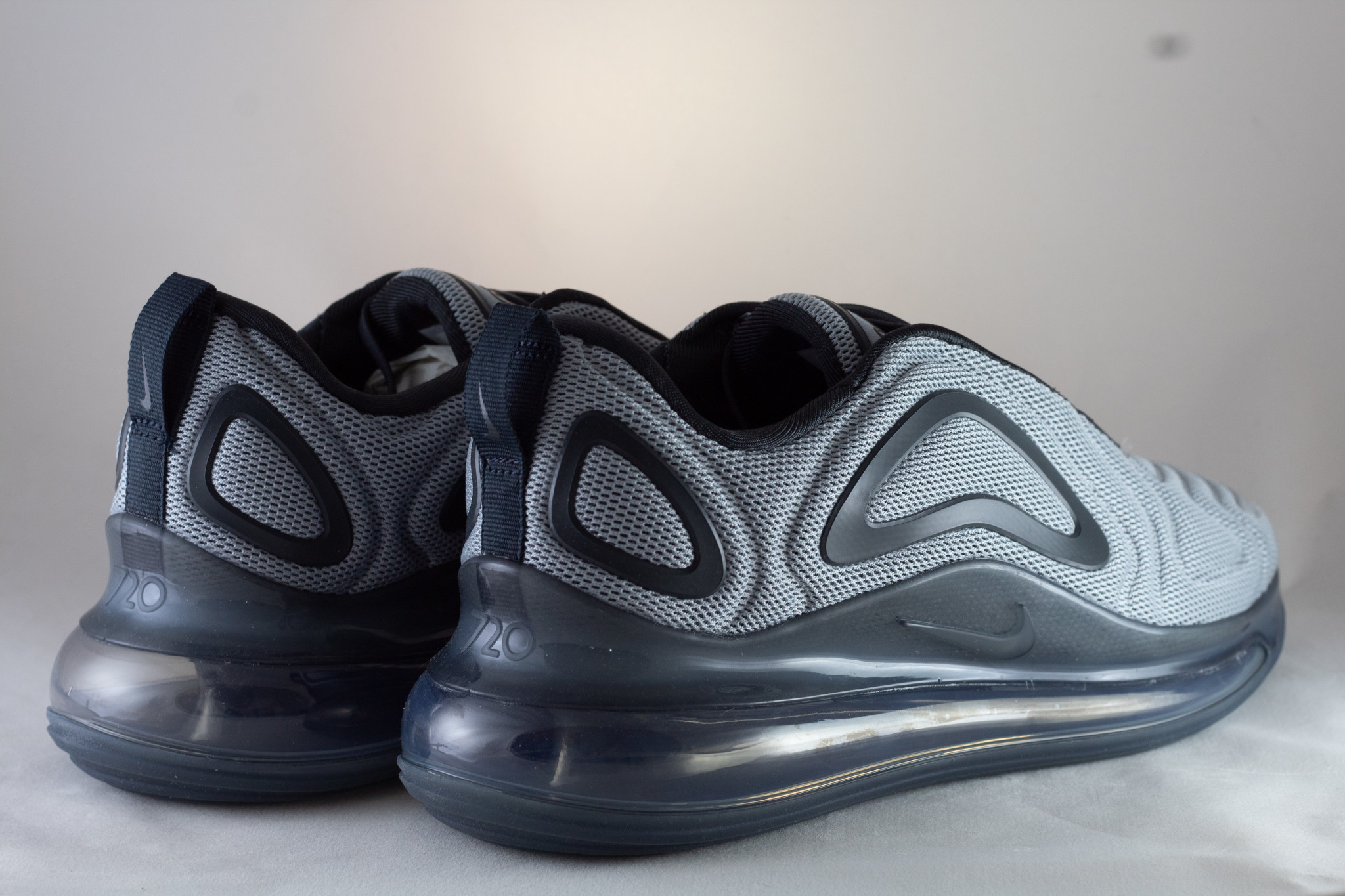 Nike AIR MAX 720 Wolf Grey/ Anthracite