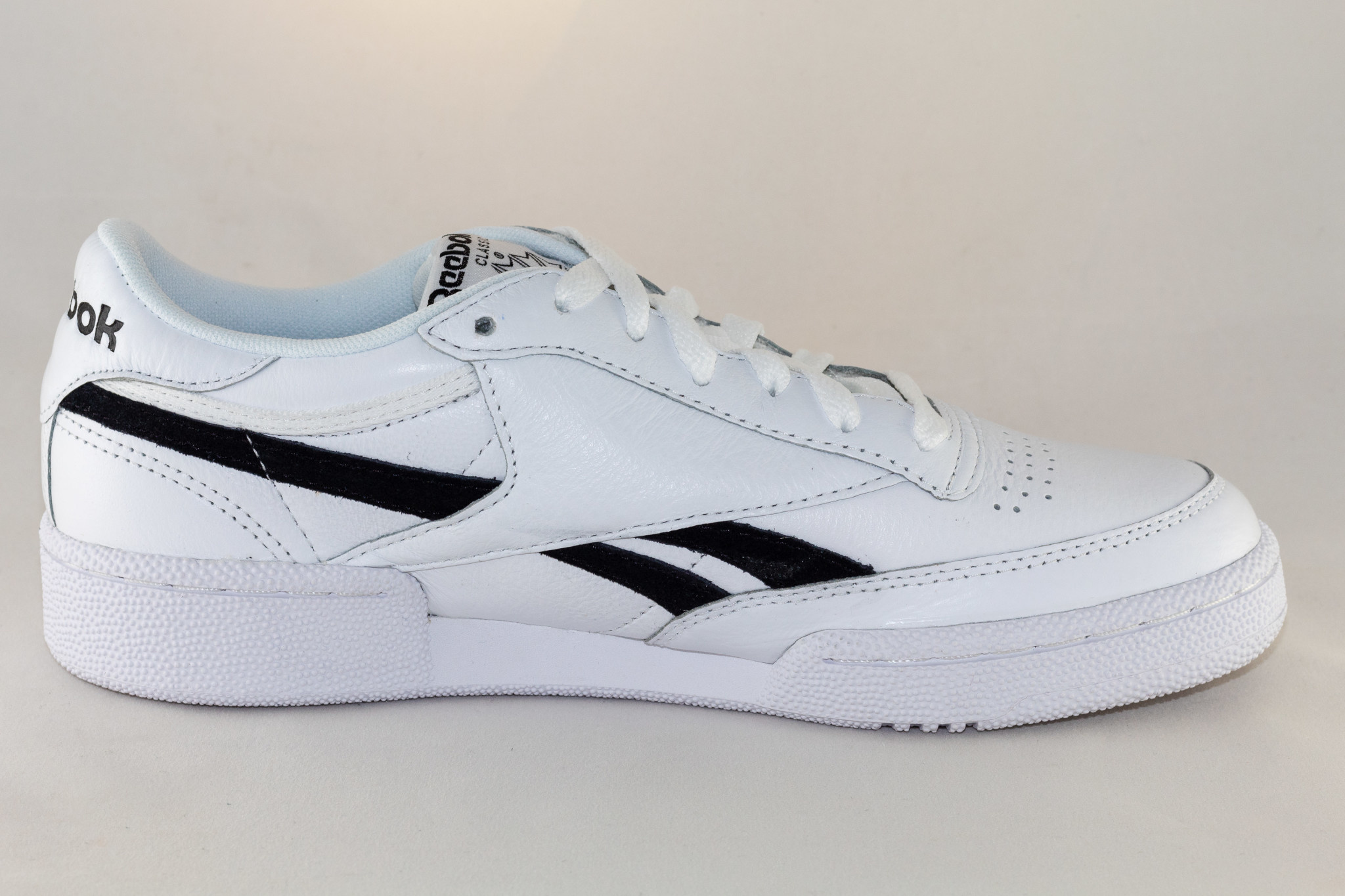 REEBOK REVENGE PLUS MU White/ Black/ None
