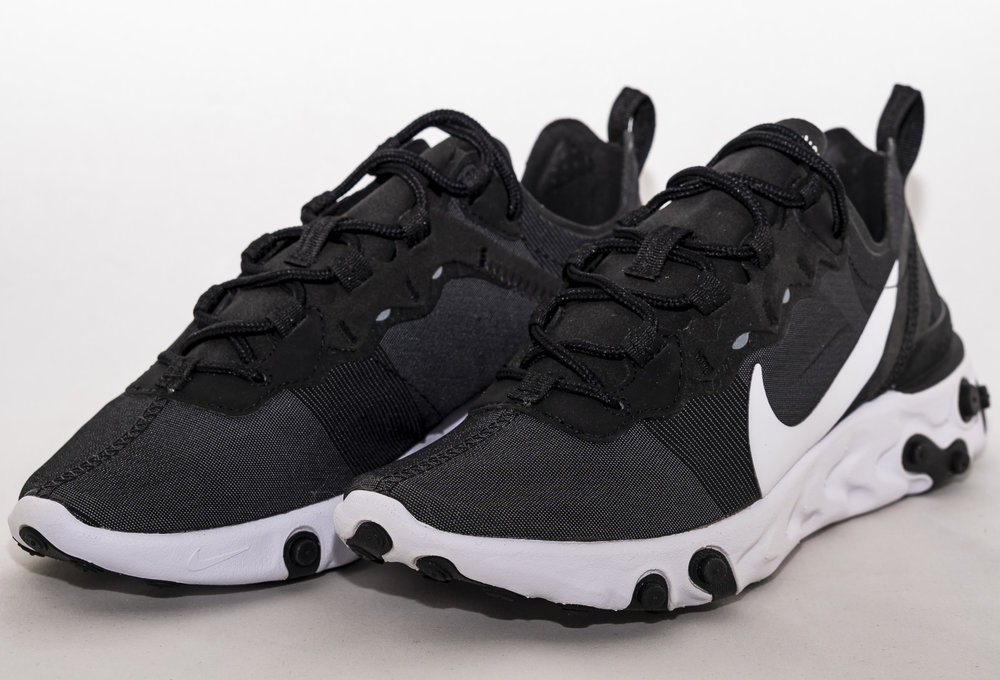 NIKE REACT ELEMENT 55  Black/ White