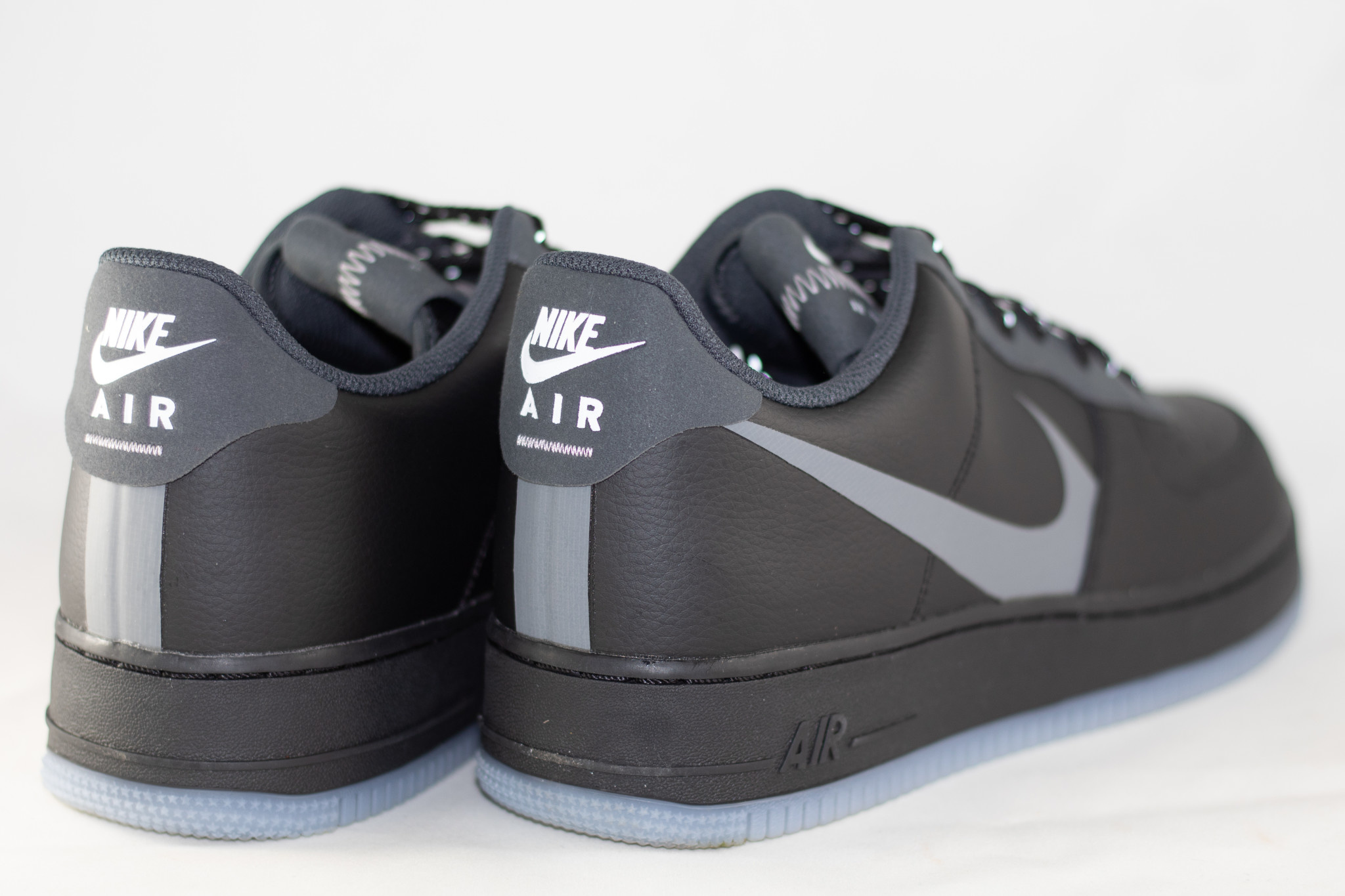 NIKE AIR FORCE 1 '07 LV8 3 Black/ Silver Lilac/ Anthracite