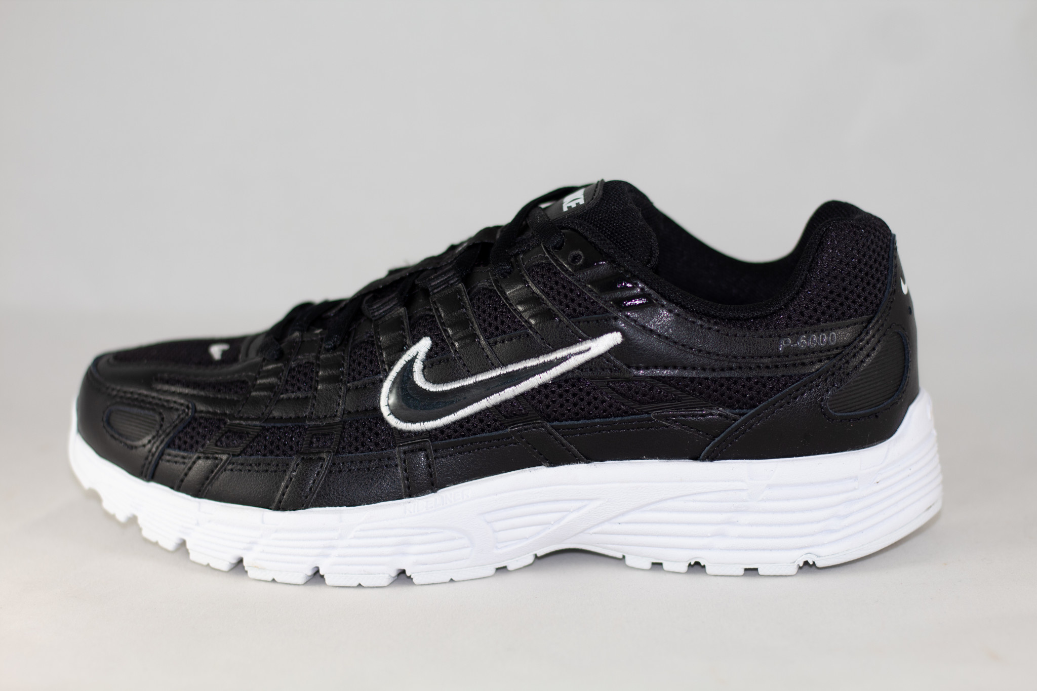 Nike W NIKE P-6000 Black/ Anthracite/ White