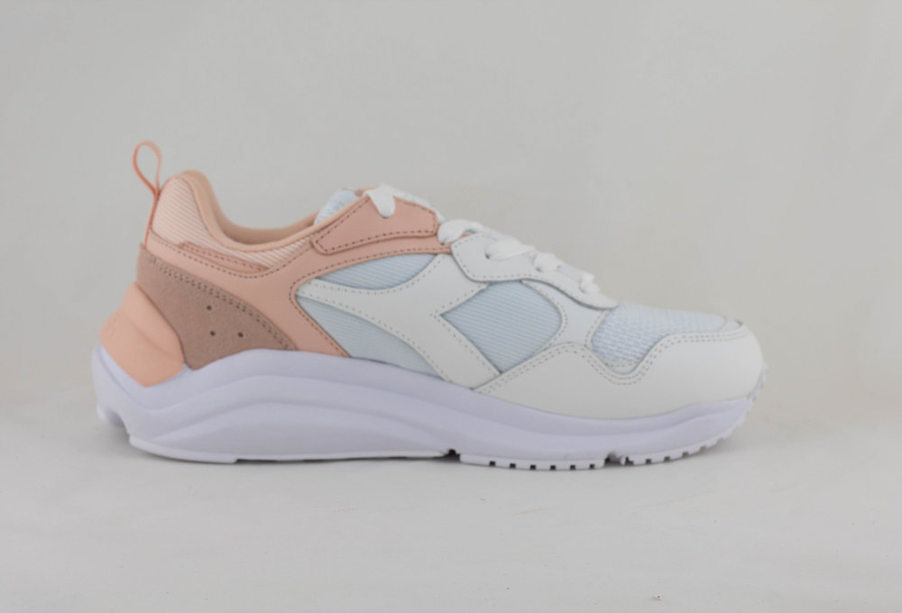 DIADORA WHIZZ WN White/ Pale Peach