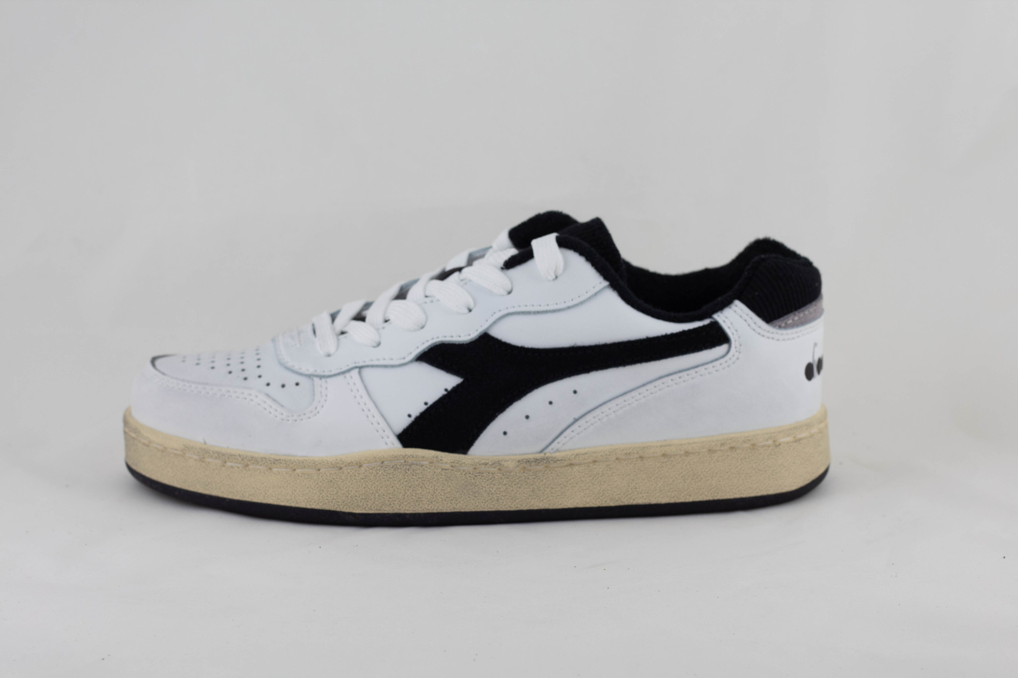 Diadora MI BASKET LOW USED White/ Black