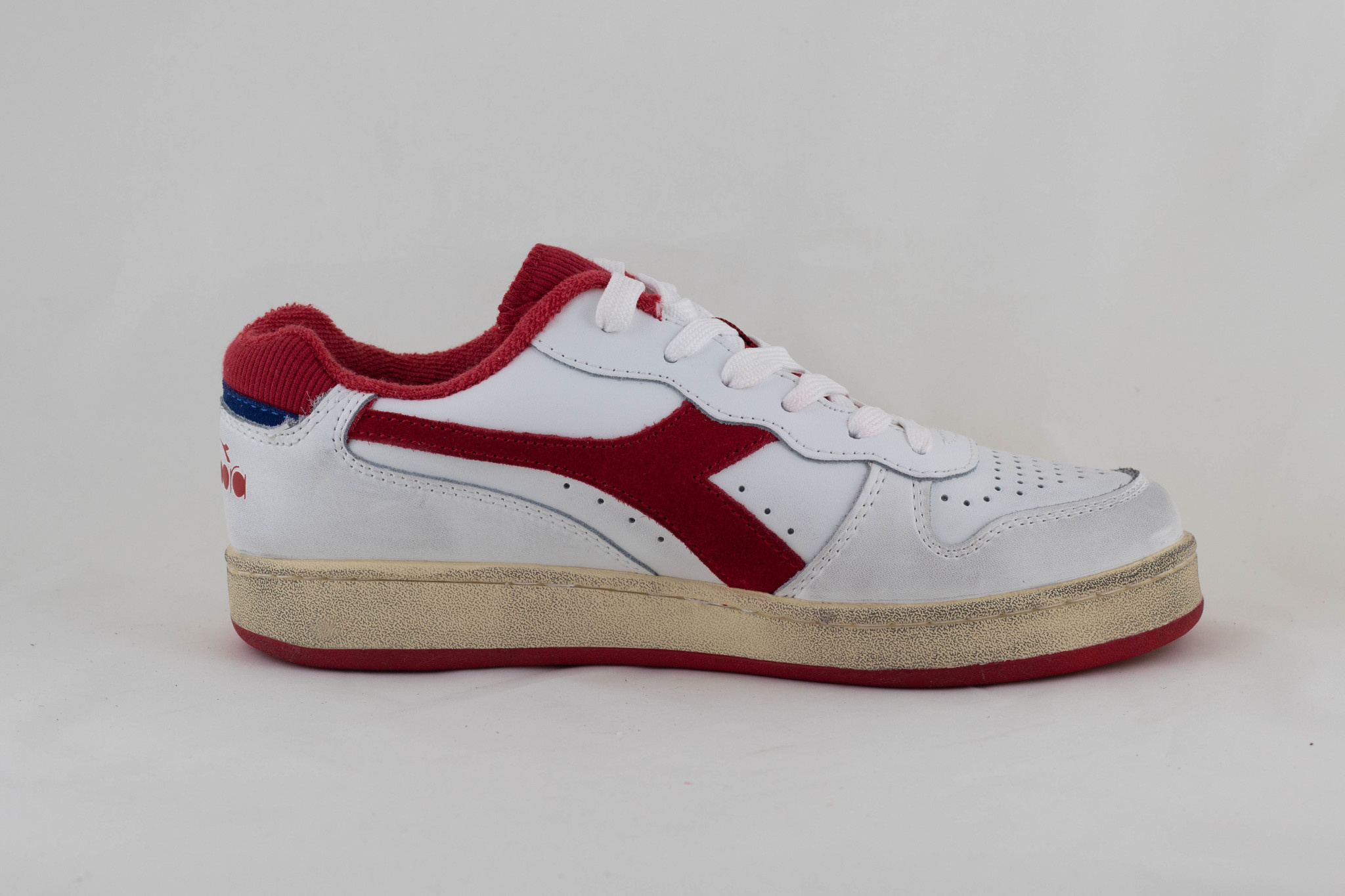 DIADORA MI BASKET LOW USED White/ Tomato Puree