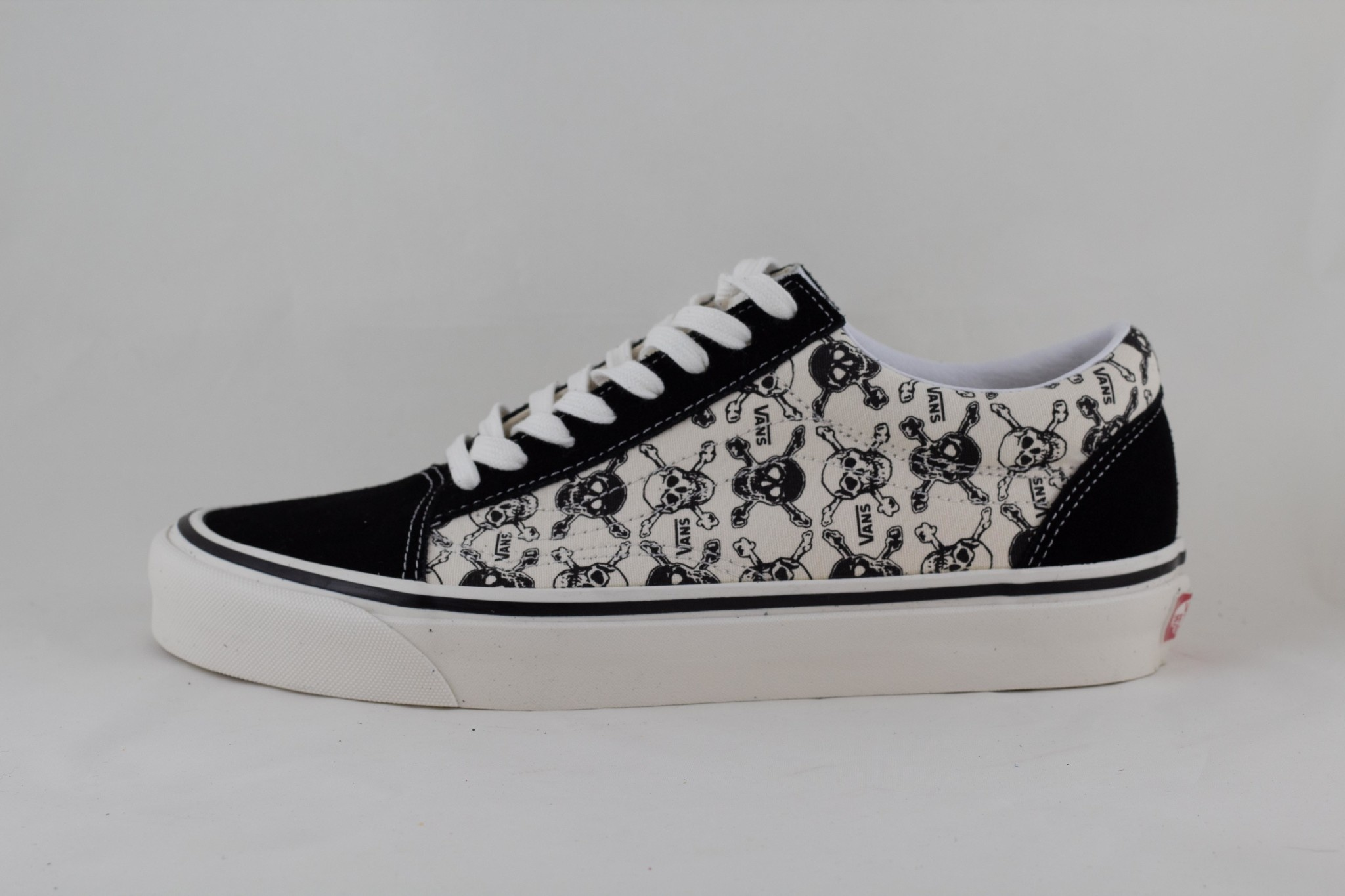 VANS OLD SKOOL  36 DX (ANAHMFCTY) Og Skull/ Og Black/ Og White