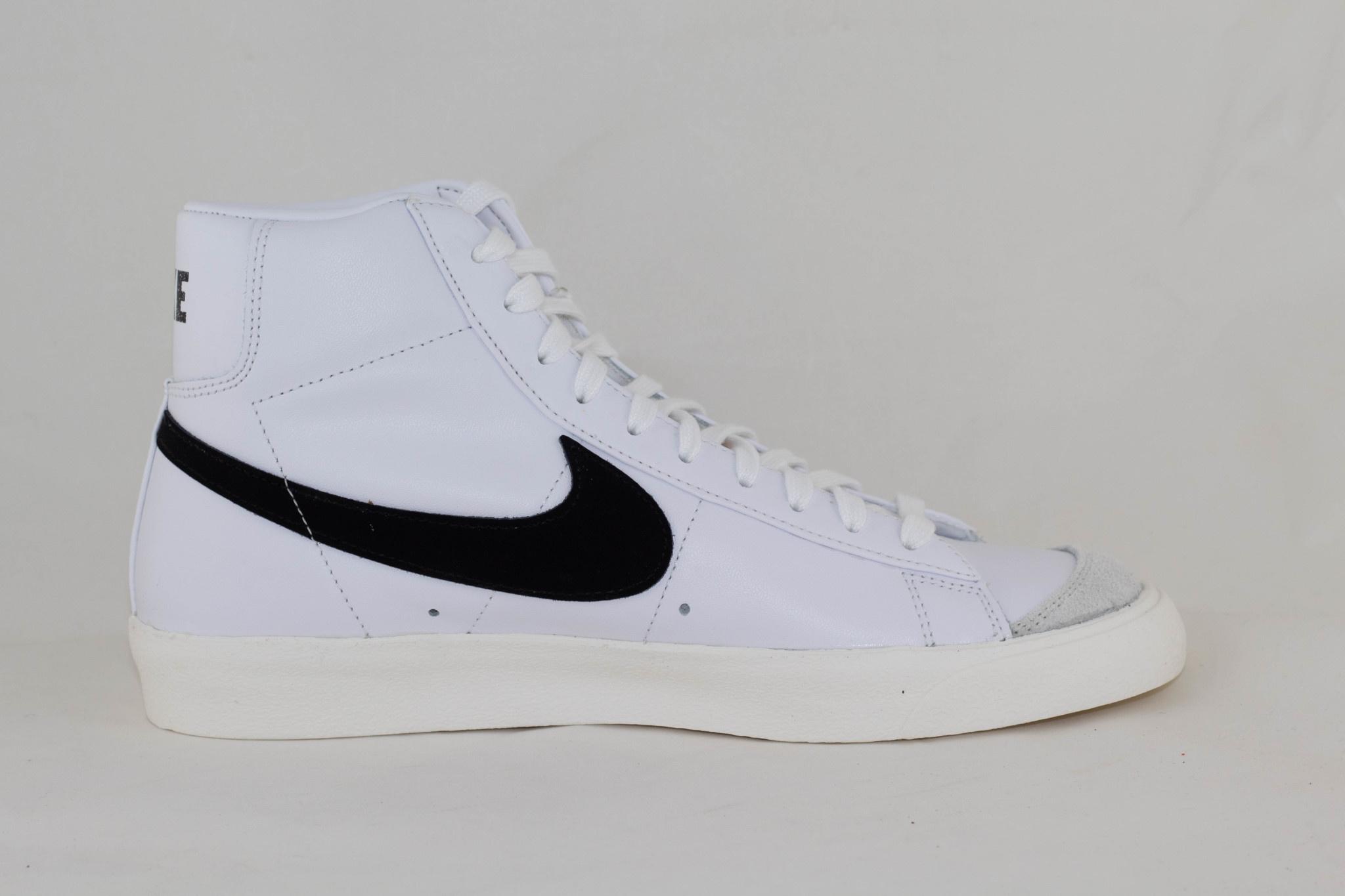 Nike BLAZER MID '77 VNTG White/ Black