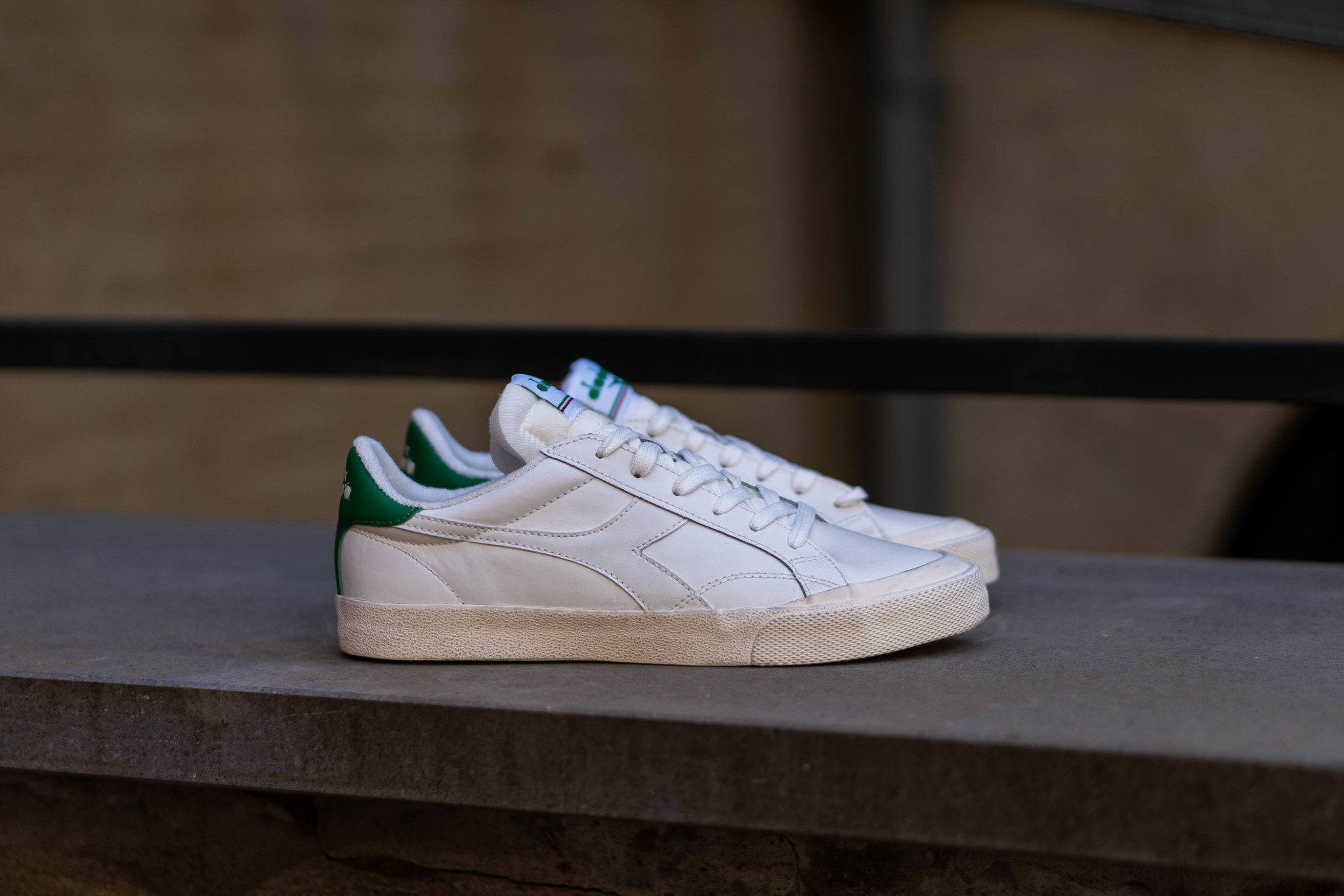 DIADORA MELODY LEATHER DIRTY White/ Peas Cream