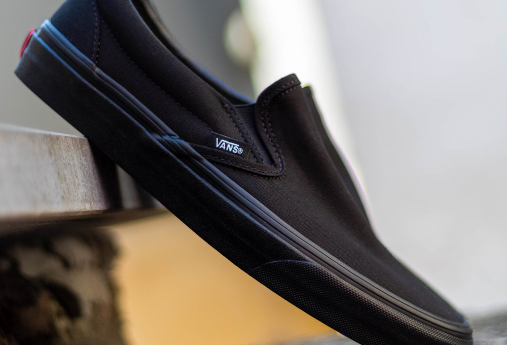 VANS  CLASSIC SLIP-ON Black/ Black