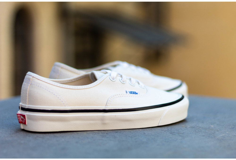 VANS AUTHENTIC 44 DX (Anaheim Factory) Classic White