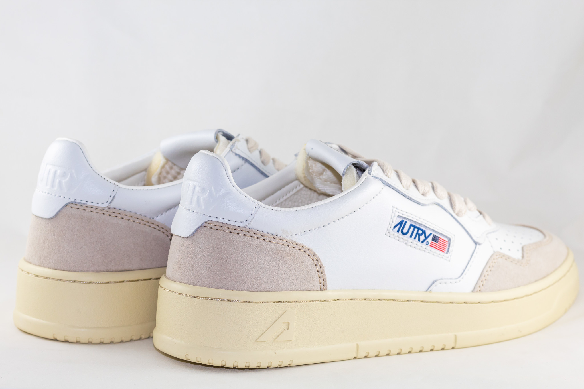 AUTRY LOW WOMAN LEATHER/ SUEDE White/ White