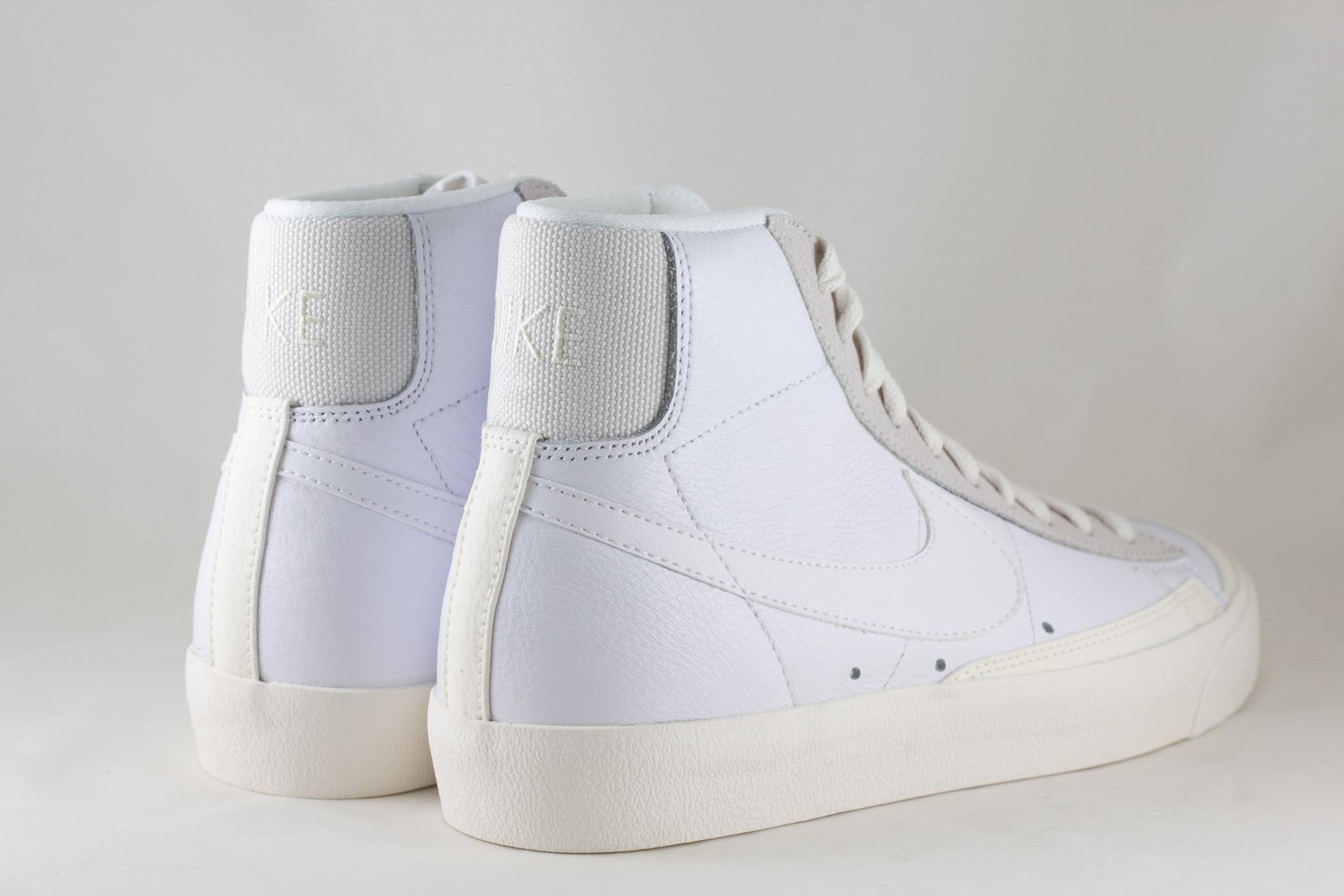 NIKE BLAZER MID '77 White/ White- Sail- Platinum Tint