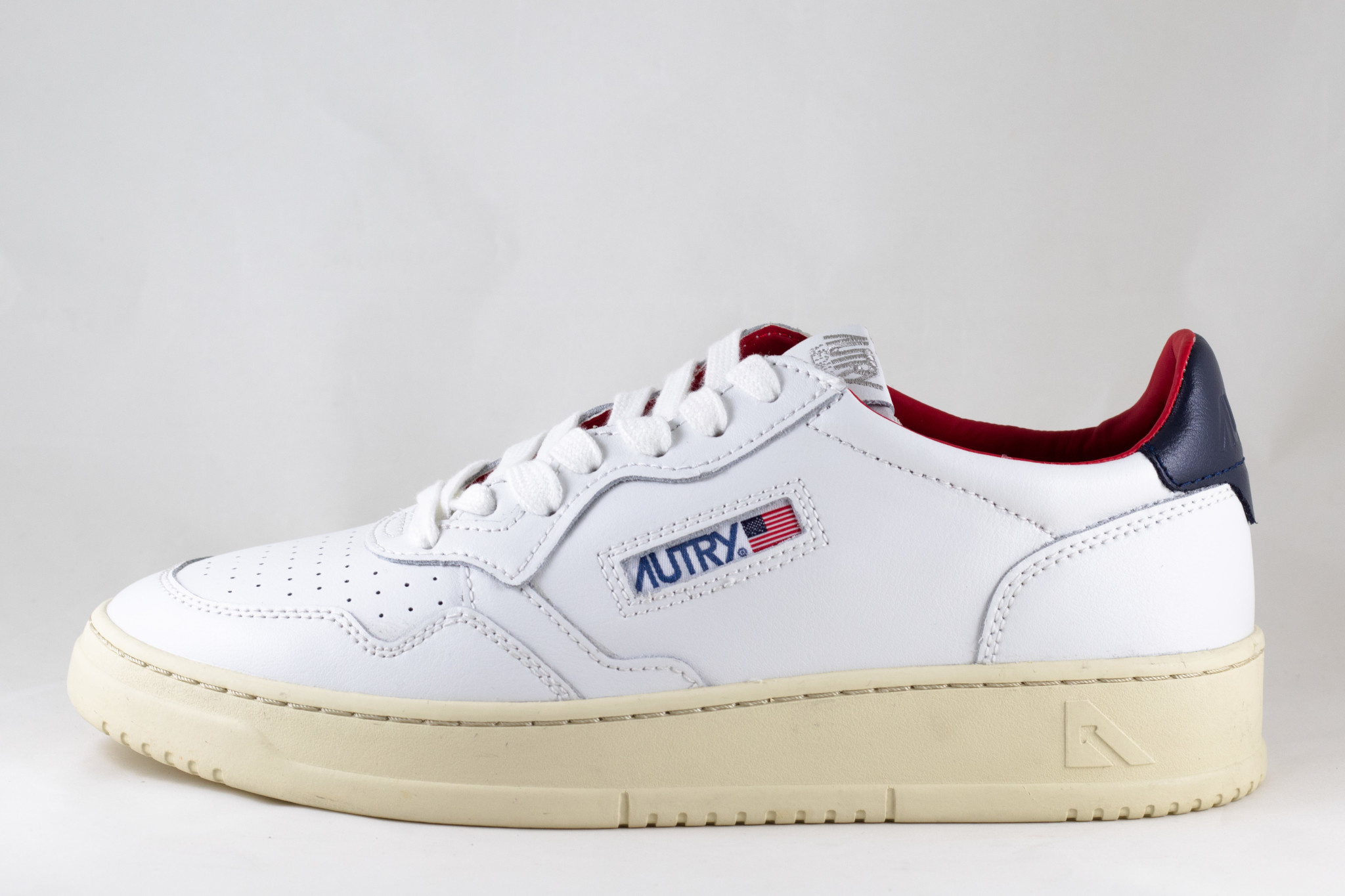 AUTRY LN18 LOW MAN LEATHER White/ Dark Blue