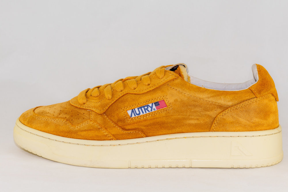 AUTRY AUTRY SS03 LO MAN SUEDE  Ocher