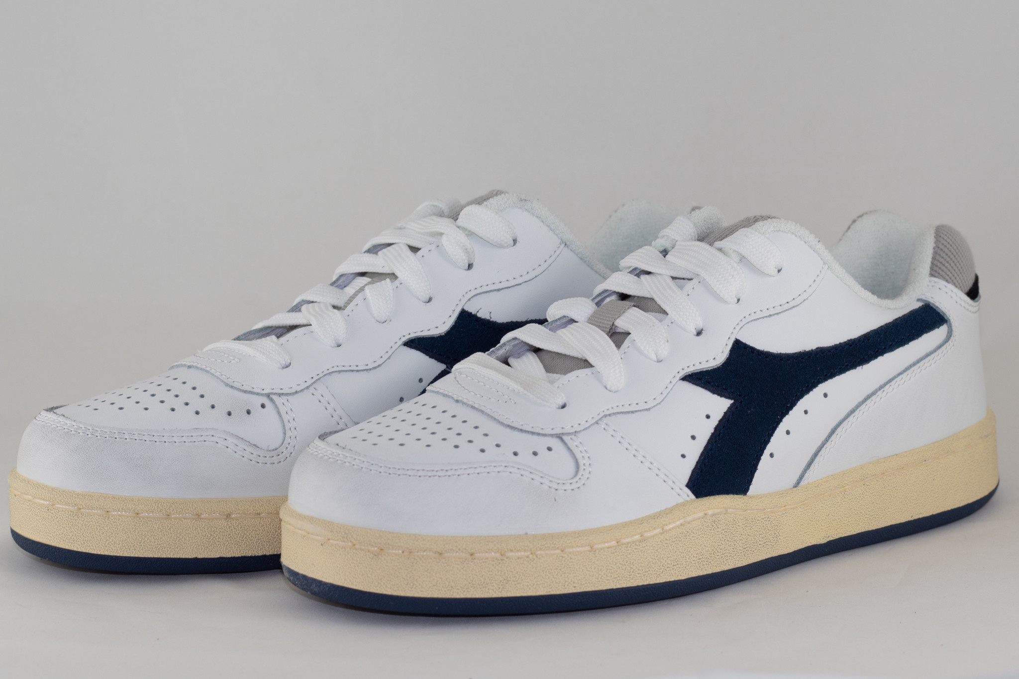 DIADORA MI BASKET LOW USED White/ Blue Dark Denim
