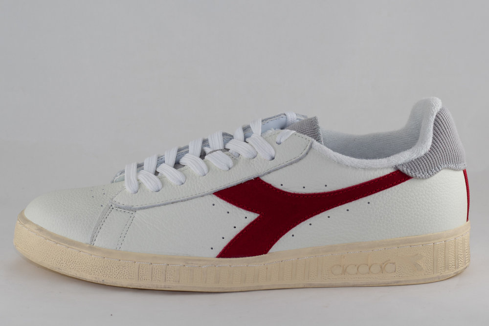 DIADORA DIADORA GAME L LOW USED White/ Tango Red