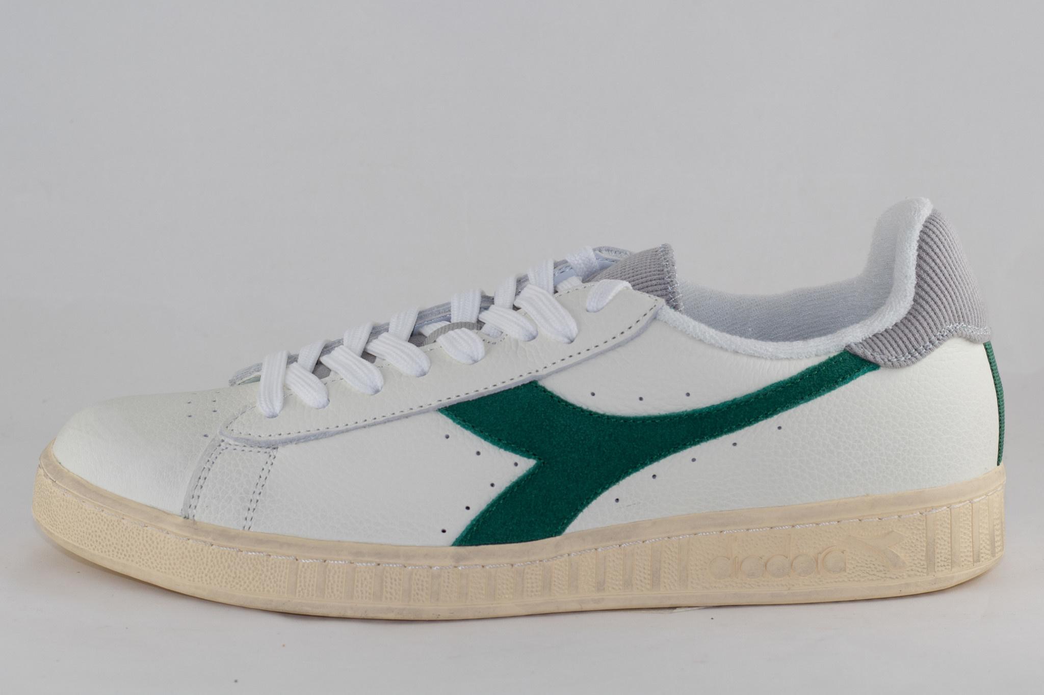 DIADORA GAME L LOW USED White/ Verdant Green