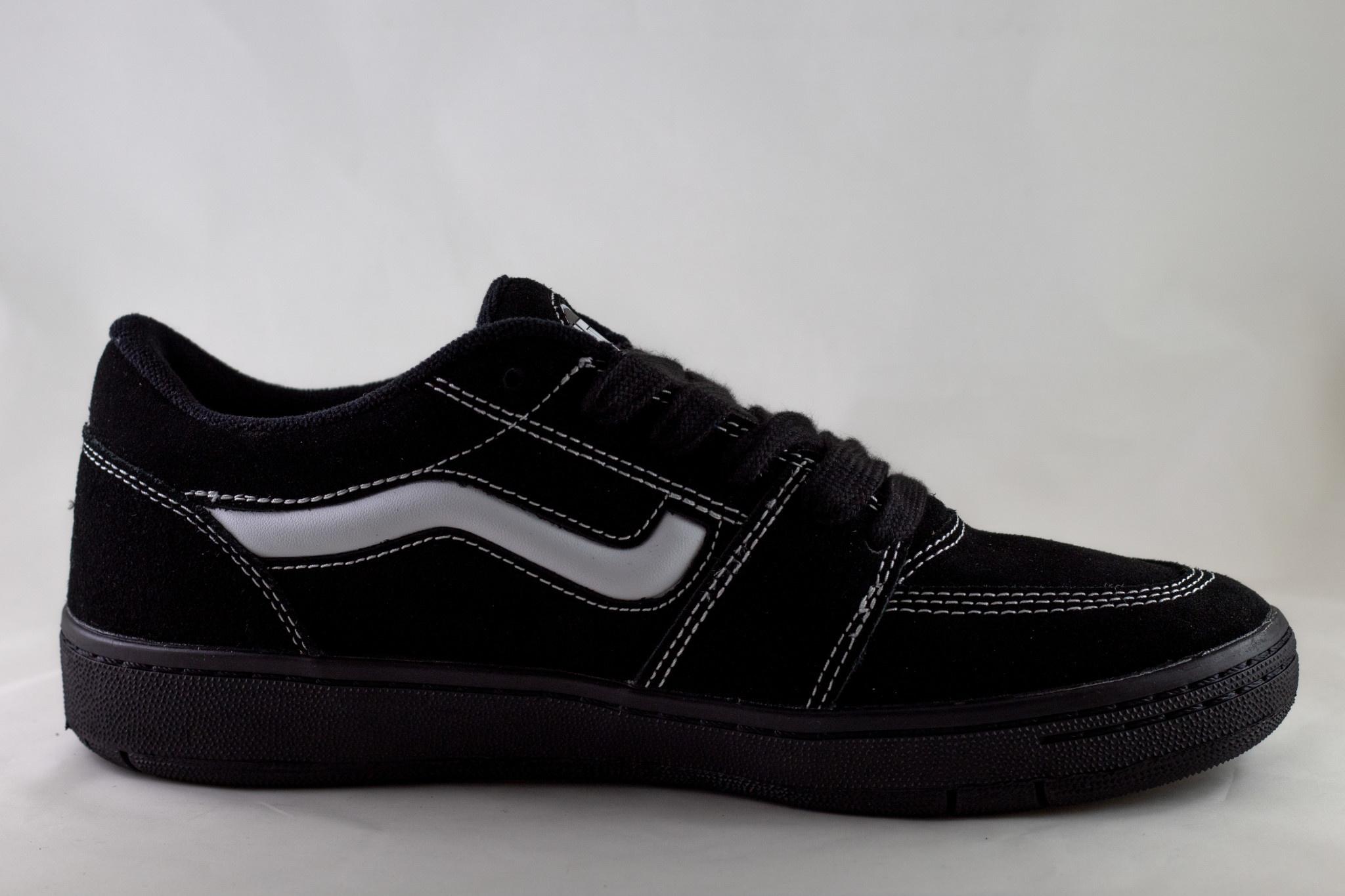 VANS FAIRLANE  Black/ Black