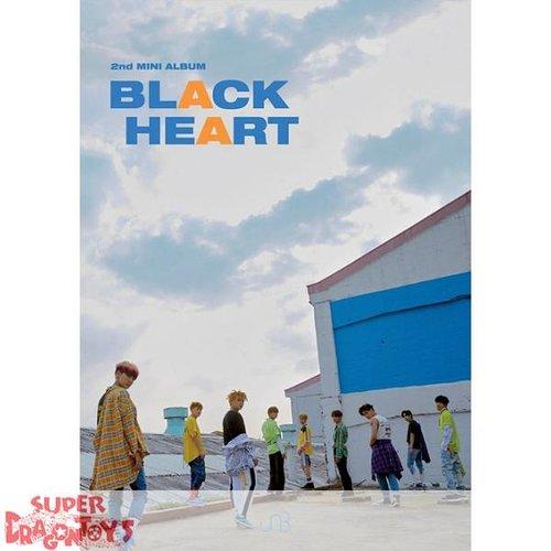 UNB - BLACK HEART - [HEART] VERSION - 2ND MINI ALBUM