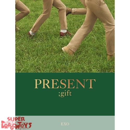 EXO - PRESENT ; GIFT - [PHOTOBOOK + POSTCARD]