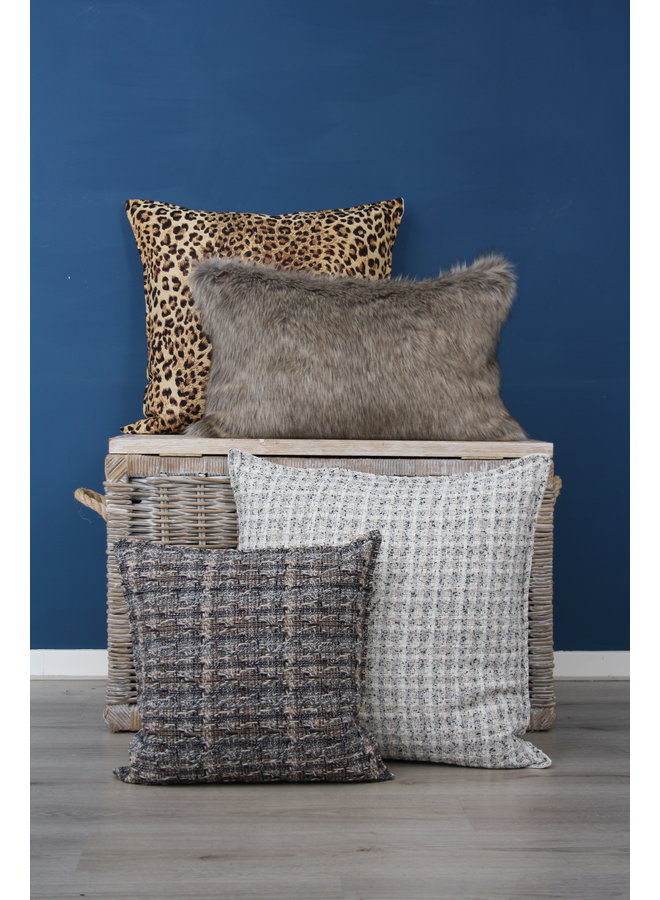 Throw Pillow 40x60  cm  - Fake fur - Winterwolf- Beige