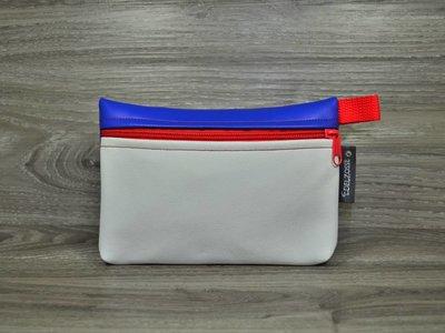 Edelzosse Makeup- Tasche Weiß-Royal