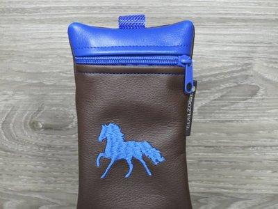 Edelzosse Handytasche Galoppierendes Pferd Royalblau