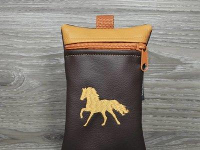 Edelzosse Handytasche Galoppierendes Pferd Hellbraun