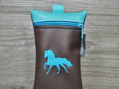 Edelzosse Handytasche Galoppierendes Pferd Türkis