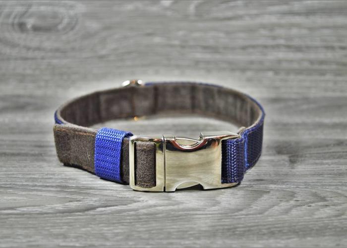 Edelzosse Halsband Alcantara-Blau