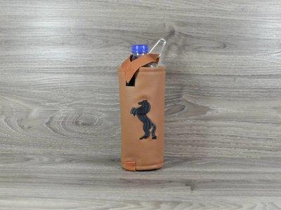 Edelzosse Flaschenhalter Steigendes Pferd