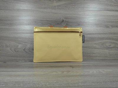 Edelzosse Equidenpasstasche Chailatte-Gold-bestickt