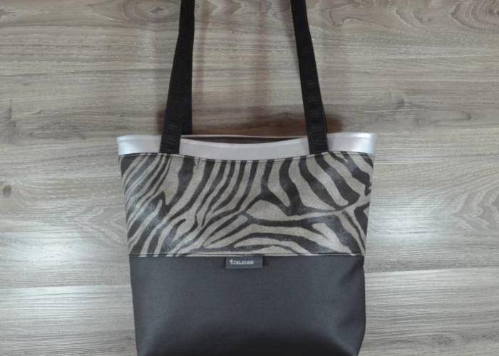 e1e1b27afab33 ... Edelzosse Shopper- Handtasche-Schwarz-Zebra ...