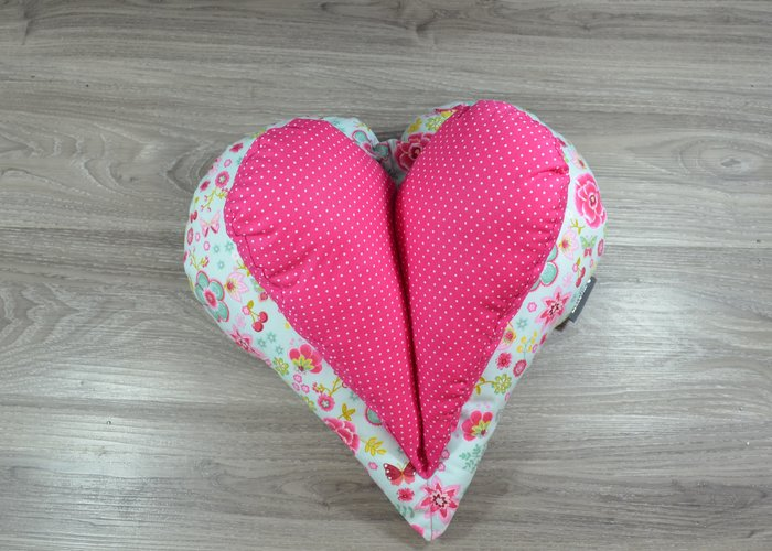 Edelzosse Lesekissen-Herzkissen-Blumen-Pink