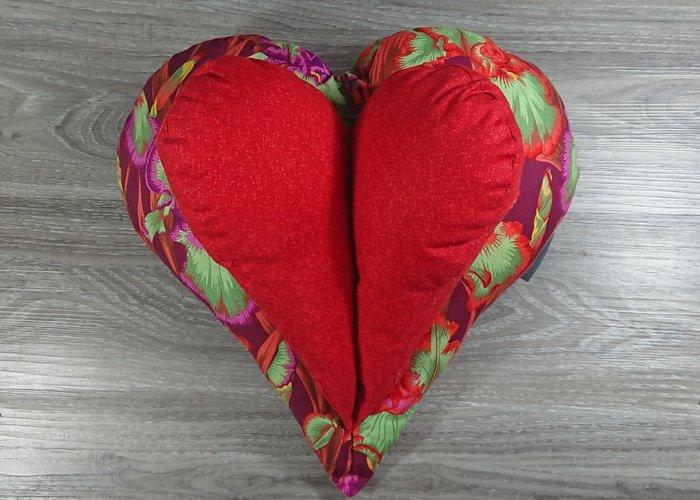 Edelzosse Lesekissen-Herzkissen-Blumen-Rot